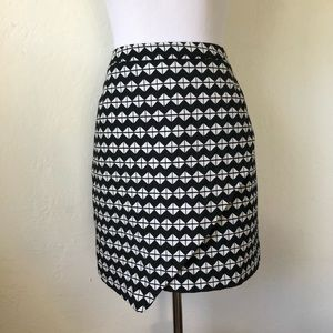 Graphic skirt! black & white